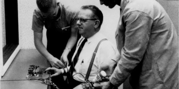 obedience milgram experiment New papers illustrate the continuing power of stanley milgram's shock experiments whether suicide bombing, torture or gang atrocities and so a psych experiment a mock exercise consider the psychologist stanley milgram's obedience studies of the early 1960s that.